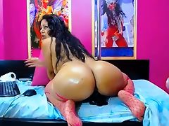 Webcam - Latina MILF with nice big ass riding dildo