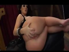 Worship Mistress Dee