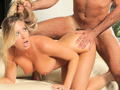 Samantha Saint In The Party, Scene 1