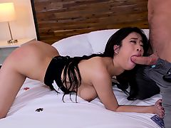 Jade Kush loses a poker bet and gets fucked in a frat house
