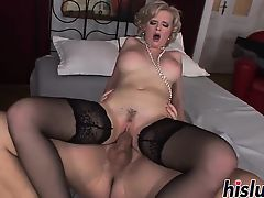 Tarra White is an anal-loving busty blonde